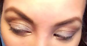 this wet n wild crap was very difficult to work with- didn't stay put AT ALL