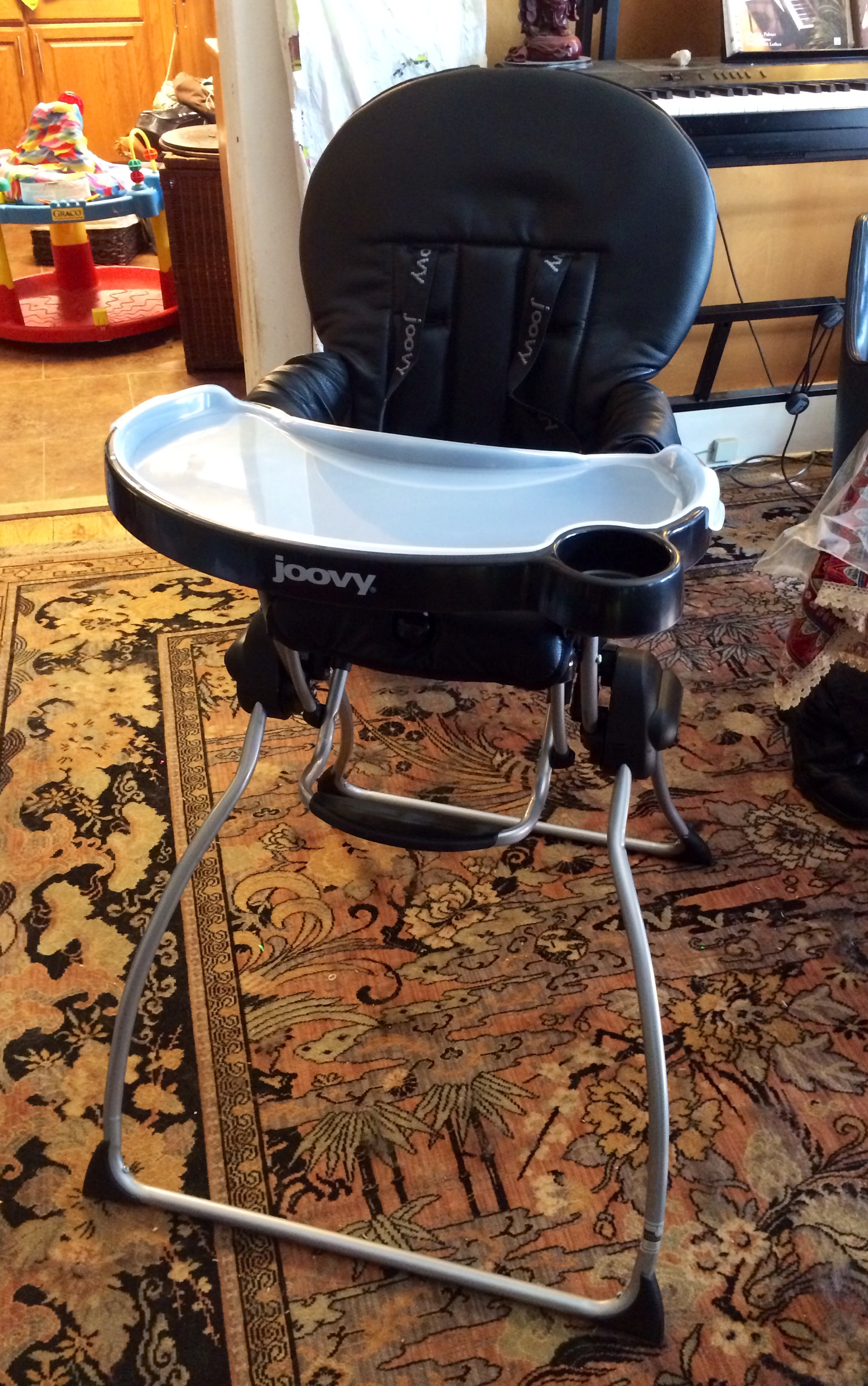 Joovy Nook High Chair  SHA Winnnnggg! Gorgeous, Compact, Functional, And  MOD  The SPORTS CAR Of High Chairs!