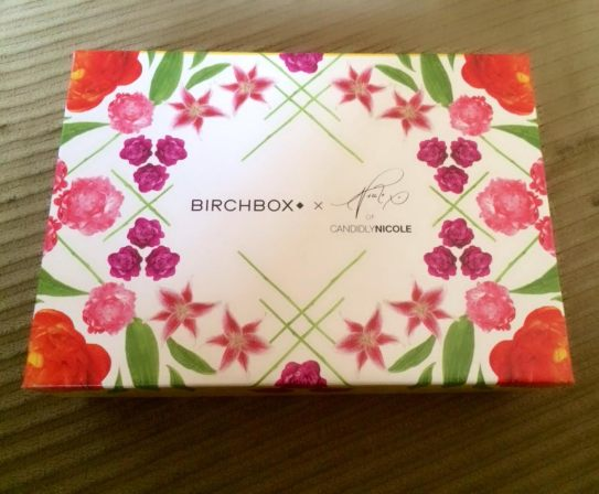 #candidlynicole box by Nicole Ritchie was my choice for this month.